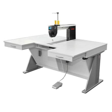BERNINA Q20 & RMF TABLE WITH ELECTRIC LIFT