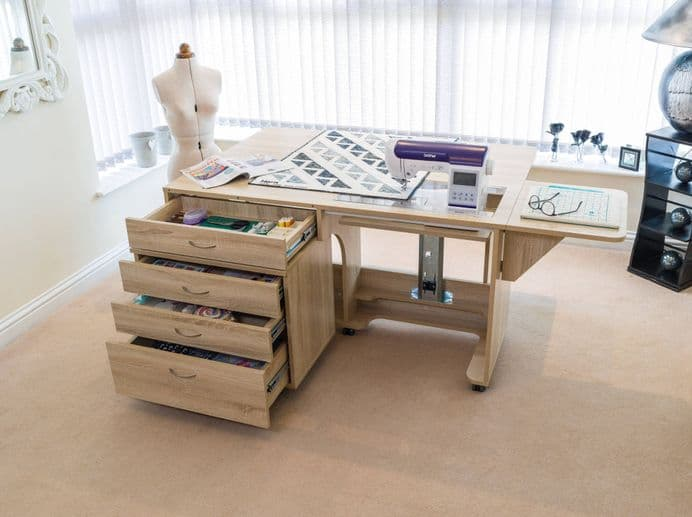 HORN SUPER Q SEWING CABINET