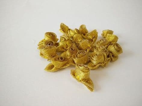 001-09SL Large Rose with Self Colour Leaves - Gold or Silver