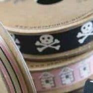 13652 15mm Skull & Bones Ribbon - 20m