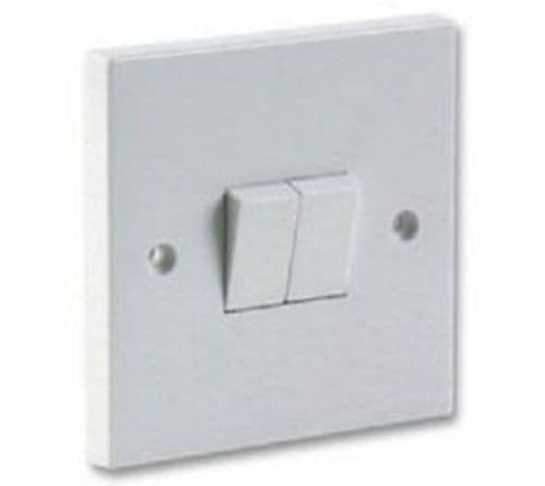 2 Gang 2 Way Light Switch White Plastic  10 AMP