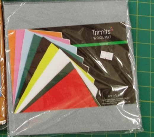 Trimits Grey Wool felt squares pack of 10 sheets 22