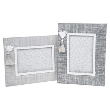 Set of 2 Cool Grey 6x4 Photo Frames Wood with Heart Retro Shabby Chic Styling Square