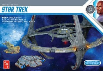 Deep Space Nine Space Station 1:3300 Model Kit from AMT  (2021 reissue)