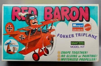 Snoopy Red Baron Fokker Tri Plane Snap Together Model Kit