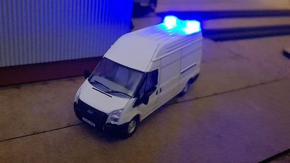 AX072-OO 3D Printed Large Blue Flashing LED Roof Beacon To Fit Oxford Diecast Etc OO/4mm/1:76