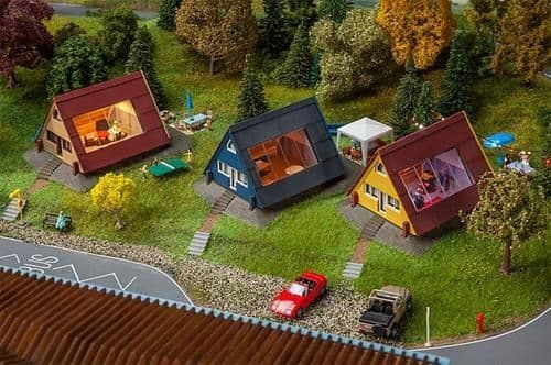 Faller 130606 Holiday Homes Kit (Pack of 3) OO/HO