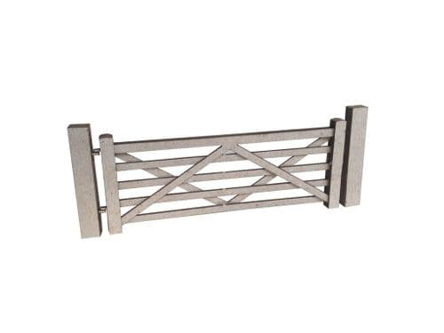 LX001-O Laser Cut Five Bar Gates & Posts (Pack Of 5) O/7mm/1:43