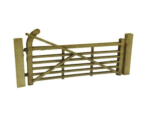 LX002-OO Laser Cut Arch Top Five Bar Gates & Posts (Pack Of 3) OO/4mm/1:76