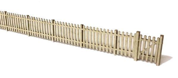LX004-N Laser Cut 4ft Garden Fencing N/2mm/1:148