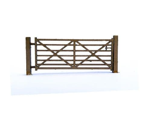 LX046-OO Laser Cut Vintage Metal Field Gates (Pack of 8) OO/4mm/1:76