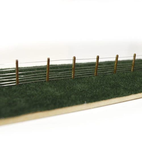 LX061-OO Laser Cut 5ft GWR Post & Wire Fencing OO/4mm/1:76