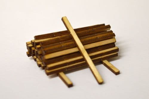LX072-OO Laser Cut 32mm Fence Posts (Pack of 40) OO/4mm/1:76