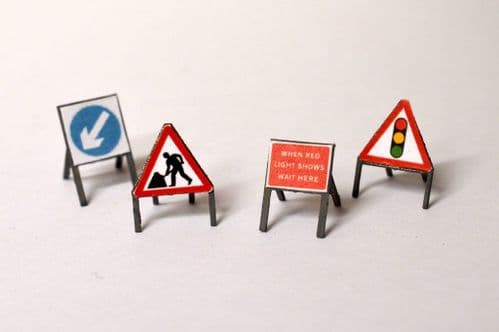 LX074-OO Laser Cut Temporary Road Signs (Pack of 16) OO/4mm/1:76