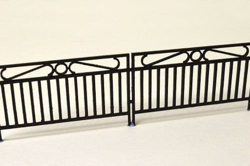 LX075-OO Laser Cut Decorative Wrought Iron Railings OO/4mm/1:76