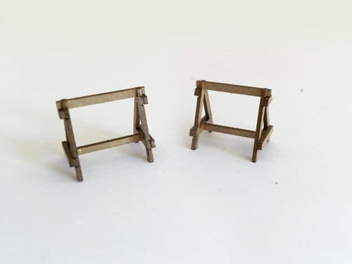 LX123-OO Wooden Trestles (Pack of 18) OO/4mm/1:76