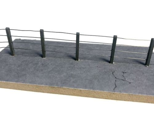 LX377-OO Laser Cut 4ft Concrete Post & Wire Fencing OO/4mm/1:76