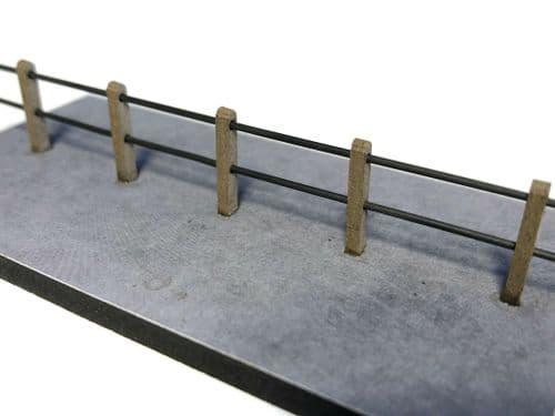 LX380-OO Concrete Barrel Rail Safety Fencing (Double Rail) - OO/4mm/1:76