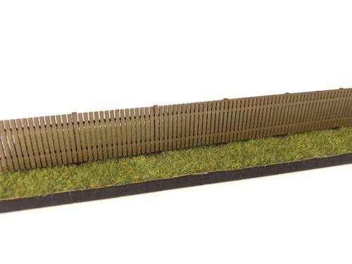 LX391-OO Laser Cut 4ft Close Board Wooden Fencing OO/4mm/1:76
