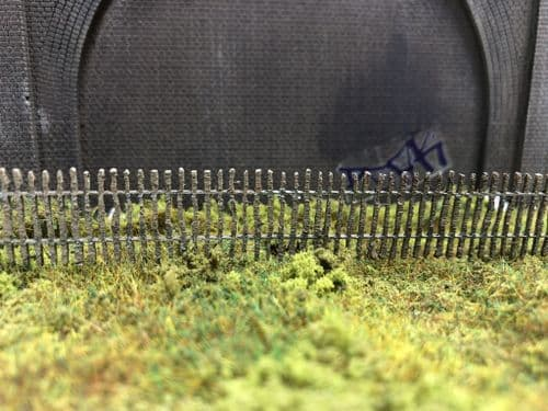 LX433-OO Wooden Paling Fence / Allotment Fence - OO/4mm/1:76