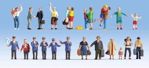 Noch 16121 XL Figure Set At The Station (Pack of 24) OO/HO