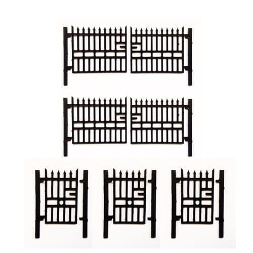 Reduced To Clear - LX008-OO Laser Cut 6ft Wrought Iron Gates (Pack of 5) Plastic Version OO/4mm/1:76