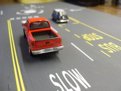 RX004-OO Laser Cut Self-Adhesive Road Marking OO/4mm/1:76