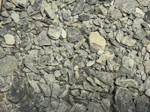 Scale Model Scenery BR008-OO Mixed Slate Chippings (2-8mm) (100ml)