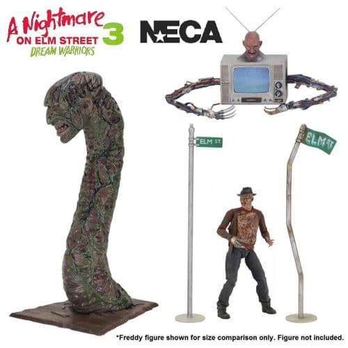 A NIGHTMARE ON ELM STREET DELUXE ACCESSORY SET FROM NECA